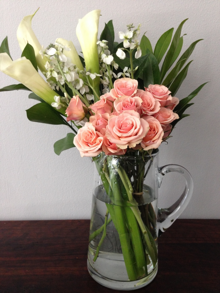 Elegant Country Chic, modern flowers
