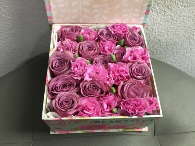 flowers in a box, modern, herbs, carnations, lavender roses