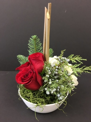 Christmas Holiday small centerpieces, table flowers