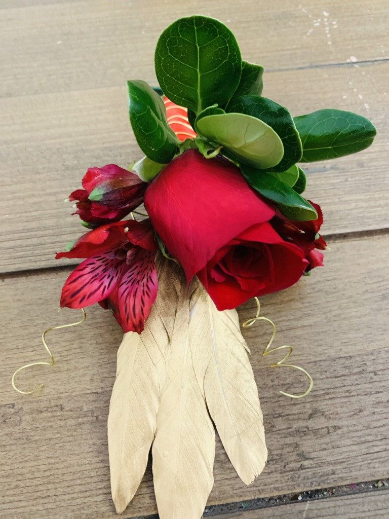 red & gold, boutonnieres, bouquet, prom, homecoming