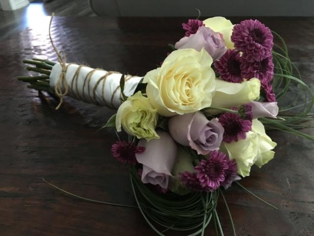 flower bouquet, hand-tied, lavender, modern