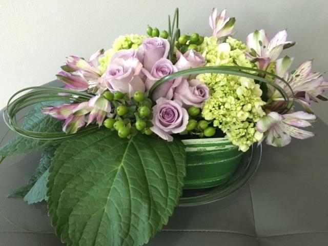 low arrangement flower design, modern, contemporary, lavender flowers