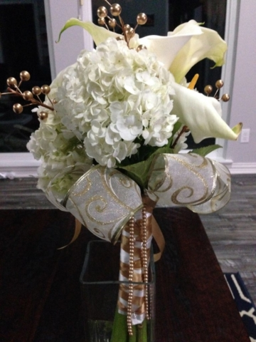 flower bouquet, hand-tied bouquet, modern, prom, homecoming, wedding