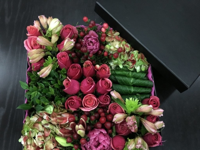 flowers in a box, roses, modern, contemporary, Bento box