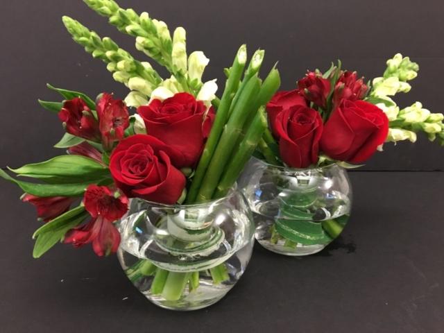 Mini Holiday flowers, modern flowers