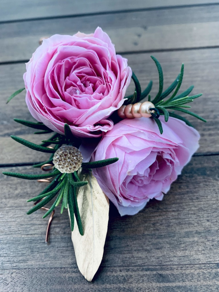 pink & gold, boutonnieres, corsages, prom, homecoming, daddy & daughter dance